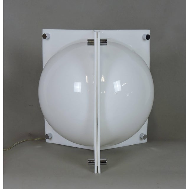 Mid-Century Modern Large Neal Small Mid-Century Modern White Molded Acrylic Table or Floor Lamp For Sale - Image 3 of 11