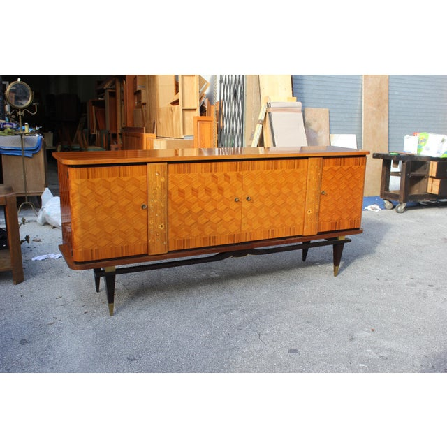 French Art Deco Light Exotic Macassar Ebony Sideboard / Buffet By Jules Leleu Style, with mother-of-pearl Circa 1940s - Image 5 of 11
