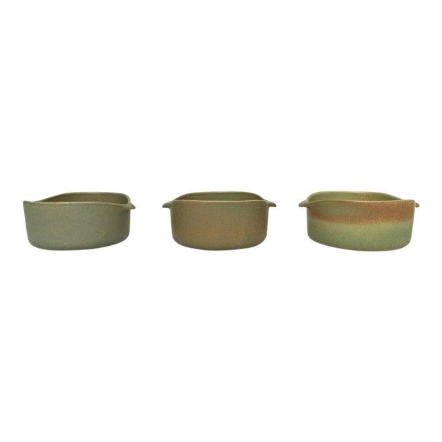 Bennington Potters Stoneware Lug Bowls - Set of 3 For Sale