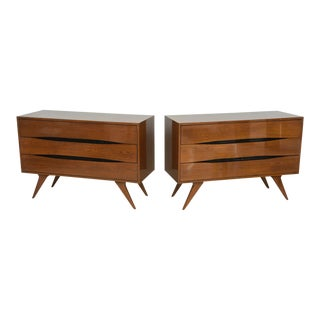 Fine Pair of Italian Modern Three-Drawer Commodes, Campo and Graffi Attributed For Sale