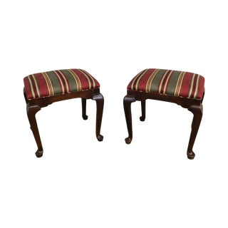 Ethan Allen Traditional Queen Anne Style Pair Benches or Stools For Sale