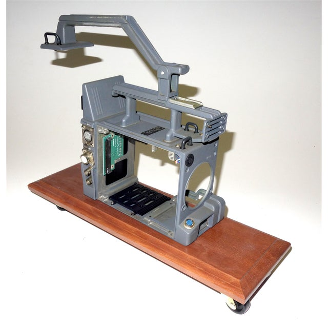 Mid-Century Modern Vintage Betacam Video Camera Empty Chassis Frame Only for Display. On Wood Base For Sale - Image 3 of 3