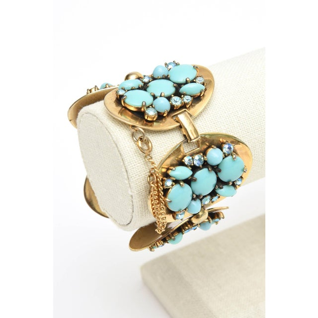 Schiaparelli 5-Disc Cluster Faux Turquoise and Rhinestone Bracelet For Sale In Miami - Image 6 of 11