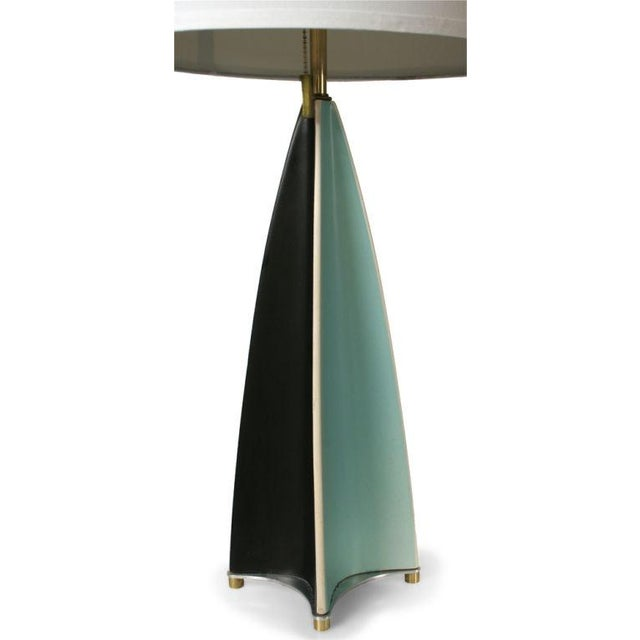 Mid-Century Modern Gerald Thurston for Lightolier Parabolic Fin Table Lamp For Sale - Image 3 of 5