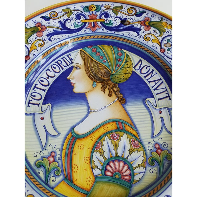 Beautiful and large Italian pottery wall plate. Excellent quality and detail as you would expect from GP Deruta.