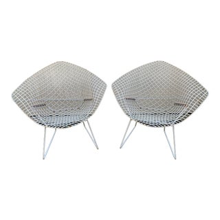 Vintage Harry Bertoia Diamond Chairs - a Pair For Sale