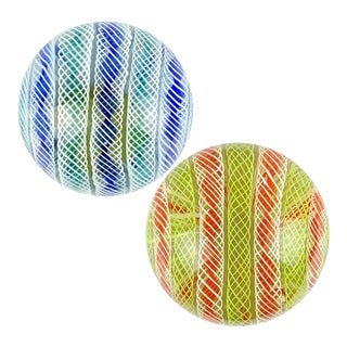 Seguso Murano Vintage Zanfirico Twist Ribbons Italian Art Glass Mid Century Paperweights - a Pair For Sale