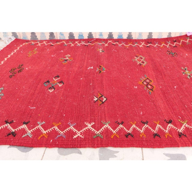 """Boho Chic Aknif Moroccan Rug - 2'3"""" x 3'3"""" For Sale - Image 3 of 4"""