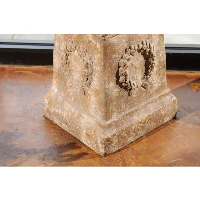 Pair of Vintage Continental Faux Stone Garden Plinths with Wreath Motifs, 1960s For Sale - Image 9 of 12