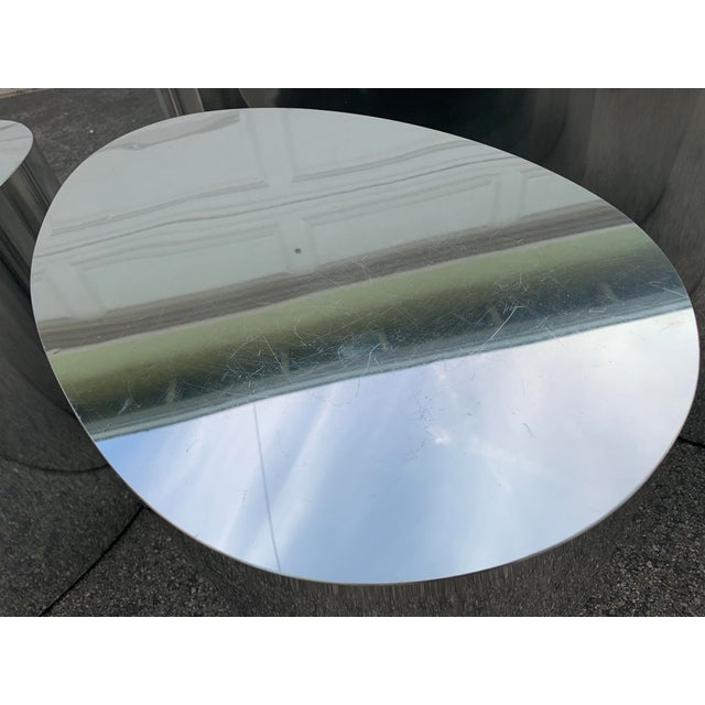 1980s Modern Organic Shape Chrome Tables - Set of 3 For Sale In Los Angeles - Image 6 of 11