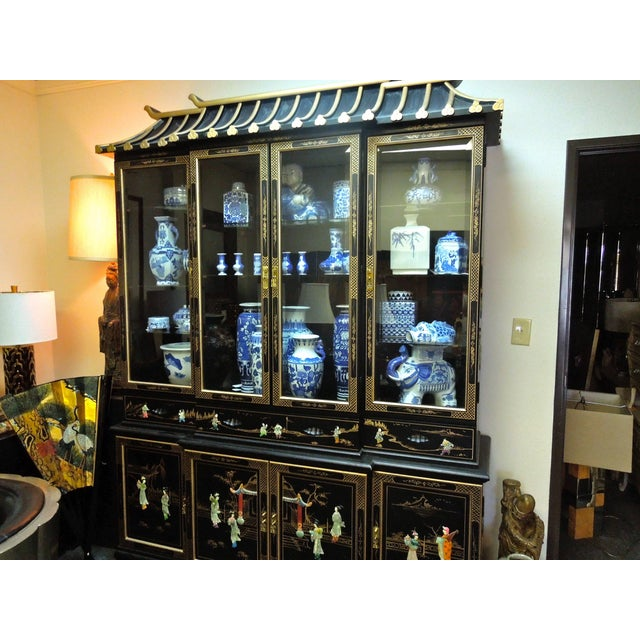 Chinoiserie Very Chic 20th Century Chinoiserie Pagoda Glass Front Cabinet For Sale - Image 3 of 10