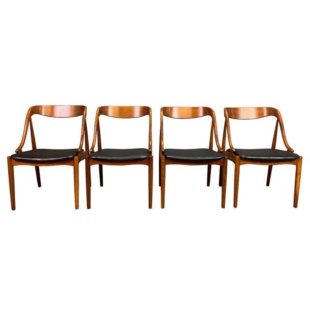 1960s Vintage Johannes Andersen Danish Modern Walnut Dining Chairs- Set of 4 For Sale - Image 10 of 10