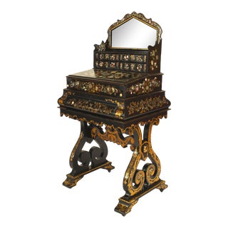 Early 20th Century English Victorian Lacquered Vanity For Sale