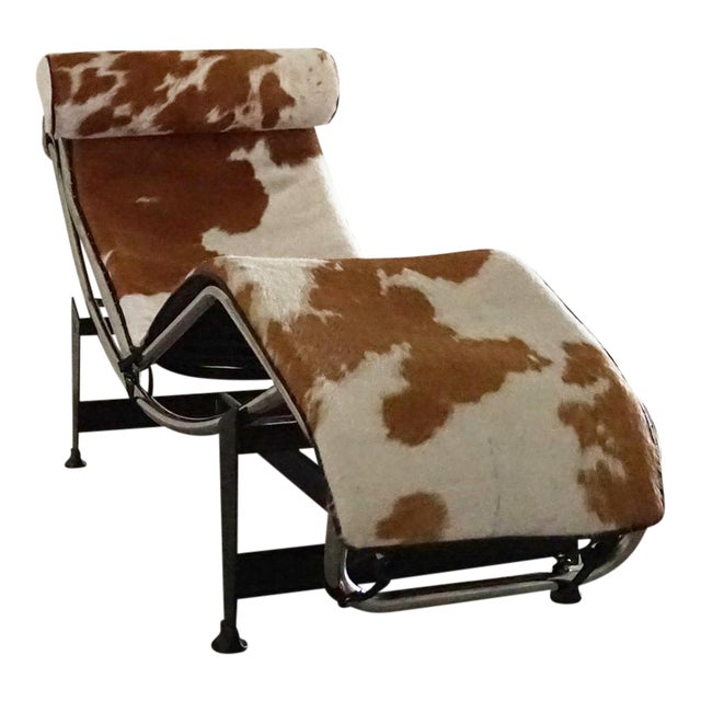 Vintage L'Corbusier Lc4 Style Cowhide Upholstered Chaise Lounge - Image 1 of 5