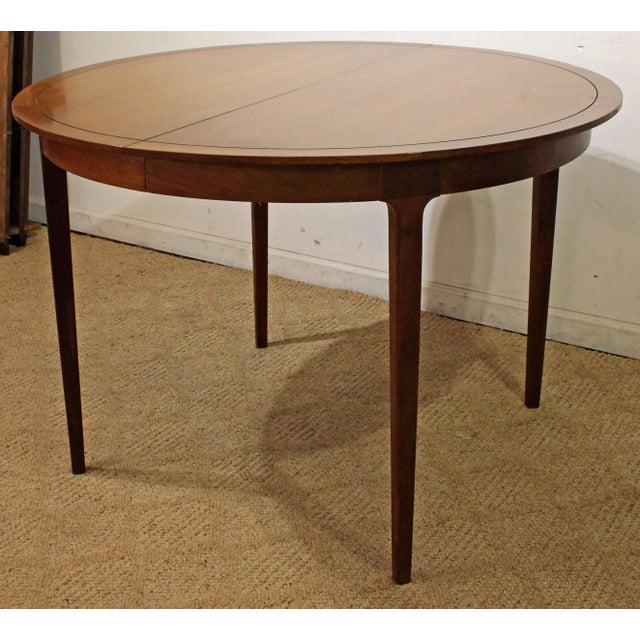 Offered is a nice Mid-Century Modern Drexel Counterpoint Round Extension Walnut Dining Table. This is a great Mid Century...