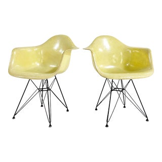 Charles and Ray Eames Dar Chairs, Pair For Sale
