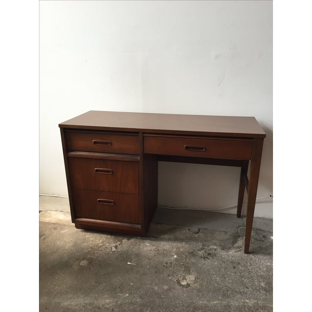 Bassett Mid-Century Walnut Desk - Image 4 of 6