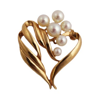 14k Gold Mikimoto Cultured Pearl Brooch For Sale