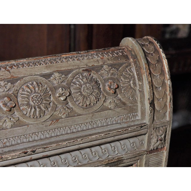 18th Century Louis XVI Banquette/Recamier For Sale - Image 9 of 9