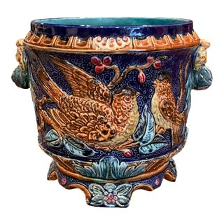 19th Century French Painted Ceramic Barbotine Cache Pot With Doves and Foliage For Sale