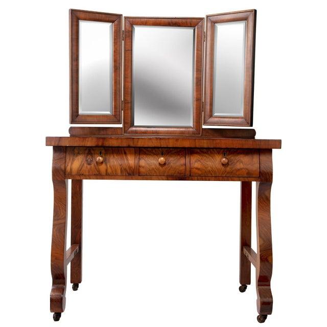 1903 Marvel Bevelled Three Mirror Oak Vanity For Sale In Greenville, SC - Image 6 of 13