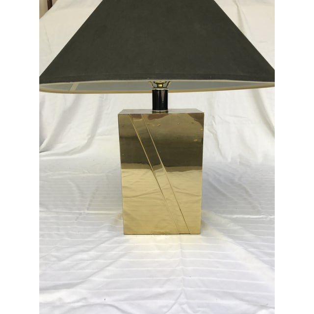 Mid-Century Modern Vintage Hollywood Regency Glam Brass Lamp For Sale - Image 3 of 7