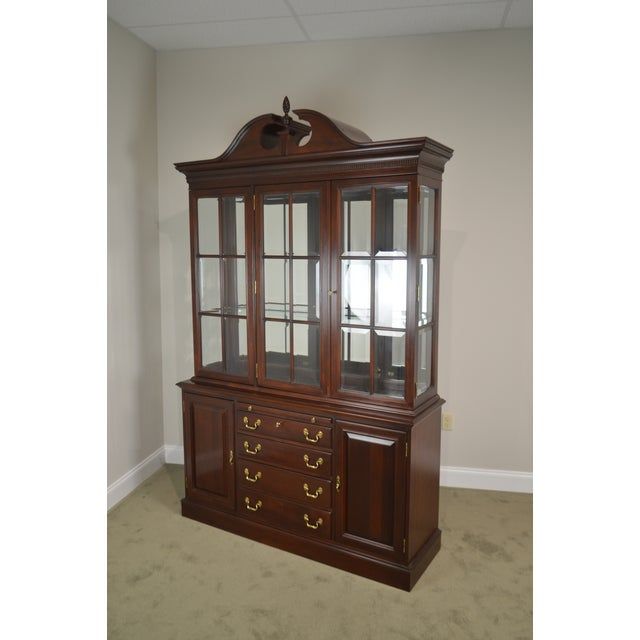1990s Lexington Chippendale Style Heirloom Solid Mahogany China Cabinet Top Buffet For Sale - Image 5 of 13