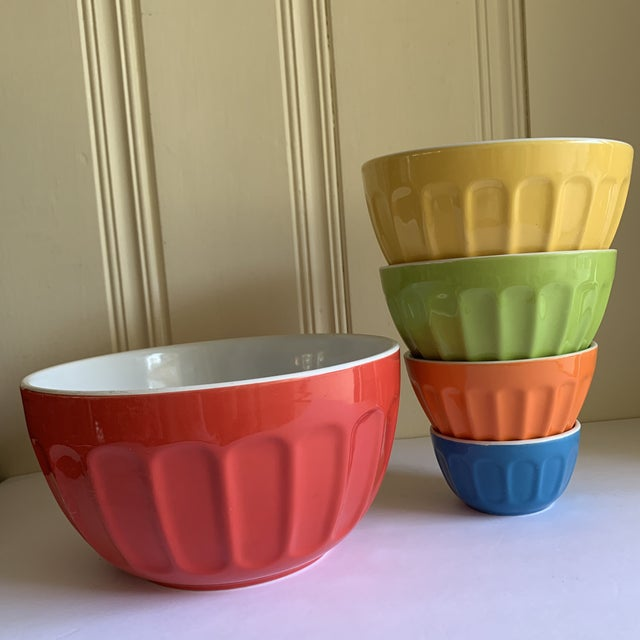 Colorful Set of Five Assorted Nesting Bowls For Sale - Image 9 of 10