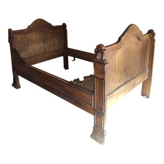 1800s Antique French Medieval Knights Heads Carved Daybed For Sale