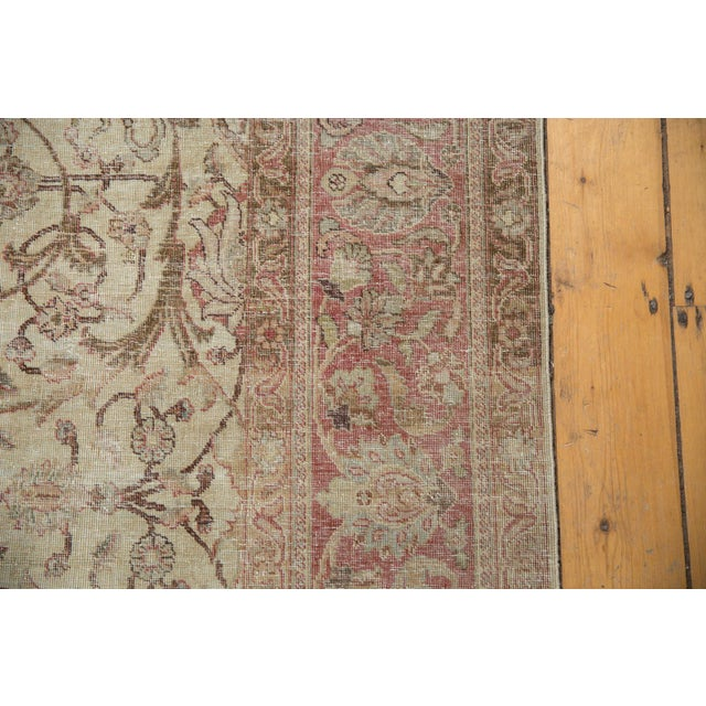 "White Vintage Distressed Sivas Carpet - 8' x 10'10"" For Sale - Image 8 of 11"