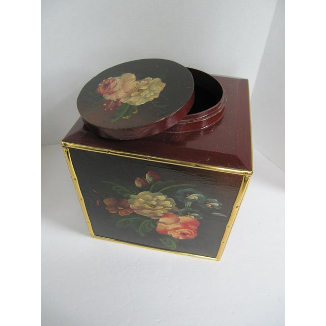 Floral Laquer Box - Image 3 of 7