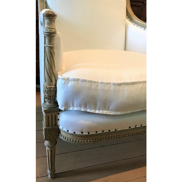 Pair of Louis XVI Bergeres For Sale In New Orleans - Image 6 of 8