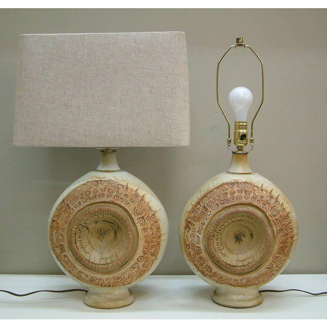 Mid-Century Modern Circa 1970, Bernard Rooke, Brown, Ivory, Tan, Stoneware, Table Lamps - a Pair For Sale - Image 3 of 11