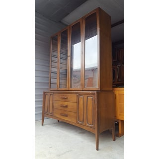 Mid-Century Modern Broyhill Emphasis Walnut Hutch Buffet China Cabinet Credenza Preview
