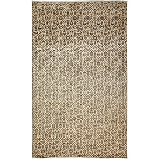 """Ziegler Hand Knotted Area Rug - 6'7"""" X 9'7"""" For Sale"""