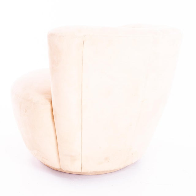 White Mid Century Vladimir Kagan Nautilus Swivel Lounge Chairs - Pair For Sale - Image 8 of 11