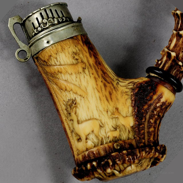 Black Forest Great Carved Horn Hunters Pipe 1860 For Sale - Image 3 of 7