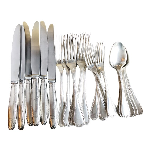 1910s Christofle Silver Flatware Service for 6 From Plaza Athenee Hotel Paris - Set of 24 For Sale