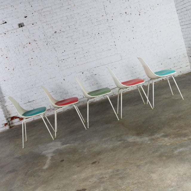 Burke, Inc. Burke Fiberglass #103 Shell Chairs With Padded Seats Set of 5 Mid Century Modern For Sale - Image 4 of 13