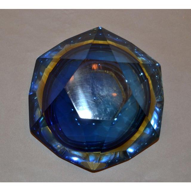 Multi Faceted Murano Glass Ashtray Attributed to F. Poli by Vetri Molati Murano For Sale - Image 10 of 12