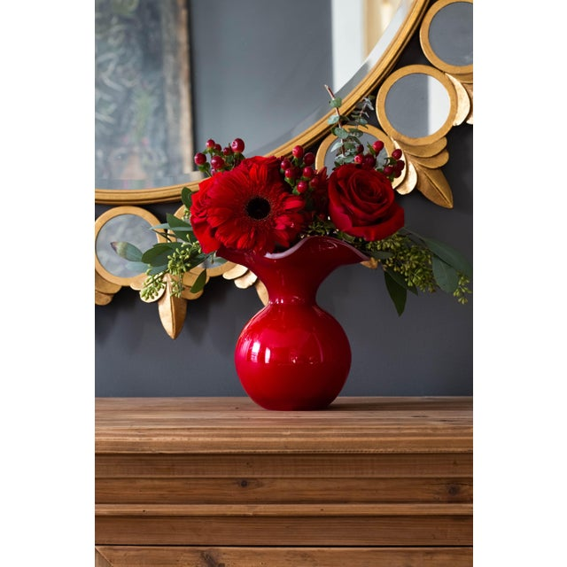 Kenneth Ludwig Chicago Kenneth Ludwig Chicago Red Hibiscus Glass Vase For Sale - Image 4 of 5