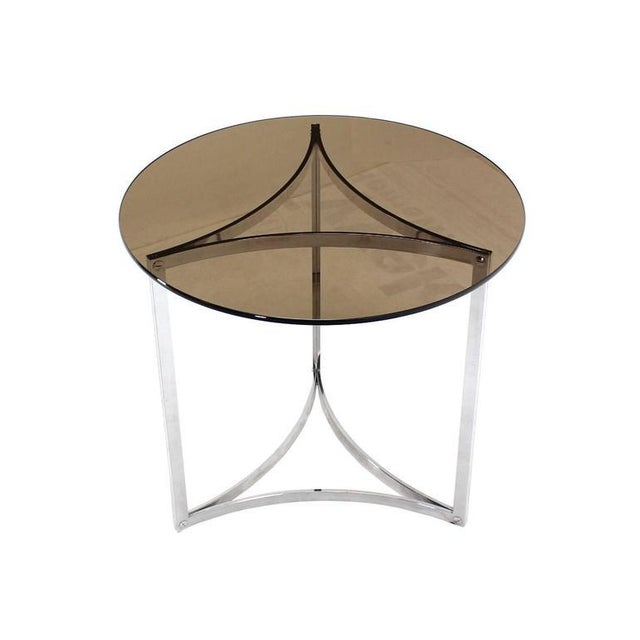 Triangular Bent Chrome Ribbon Base Smoked Glass Top Side End Table For Sale In New York - Image 6 of 6