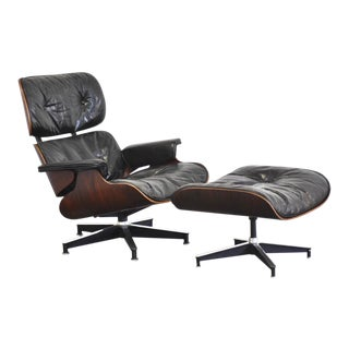 Herman Miller Eames Walnut Lounge Chair & Ottoman - a Pair For Sale