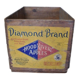 Early 20th Century Primitive Wood Crate Apple Box, Diamond Brand For Sale