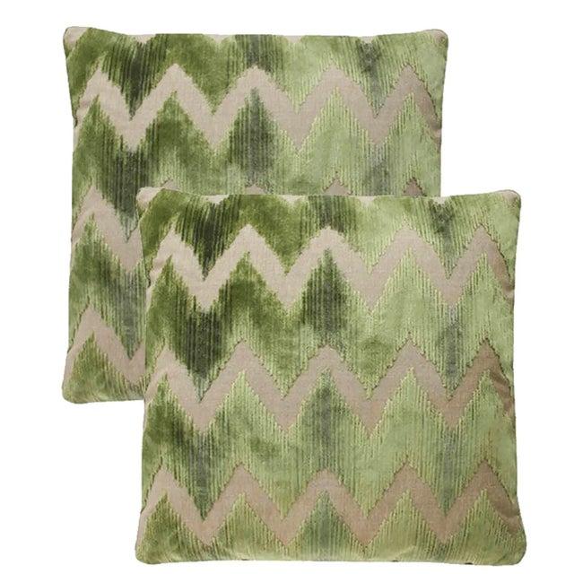 Lee Jofa Watersedge Green Velvet Pillows - Set of 2 For Sale - Image 4 of 4