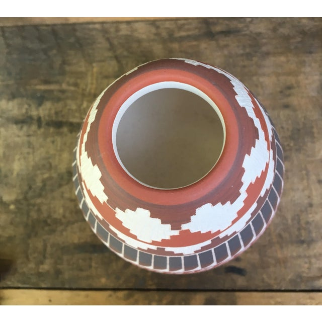 Navajo Indian Pottery Vase - Image 4 of 6