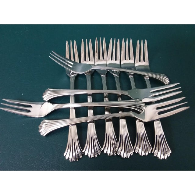 Silver Vintage Wallace 'Tiara' Flatware, Service for 12 For Sale - Image 8 of 13