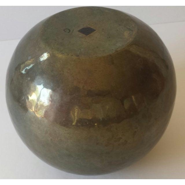 Vintage Hammered Brass Round Ball Vase - Image 4 of 5