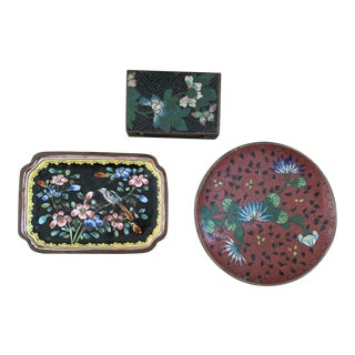Trio of Antique Chinese Cloisonné Dishes Match Strike For Sale