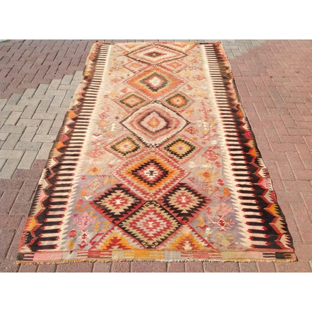 "Vintage Turkish Kilim Rug - 5'5"" X 9'11"" - Image 2 of 6"